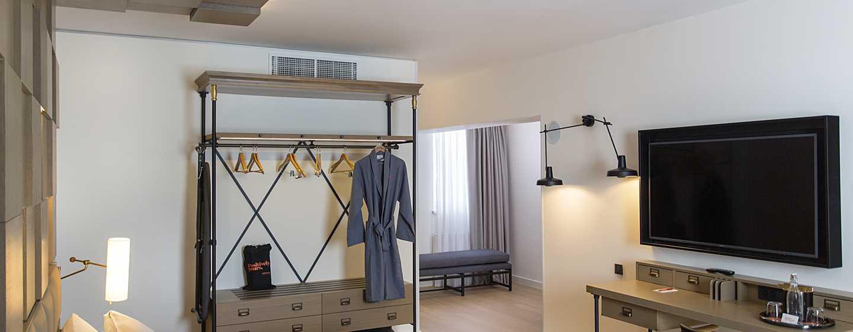 Hotel Canopy by Hilton Zagreb - City Centre, Croazia - Suite Junior
