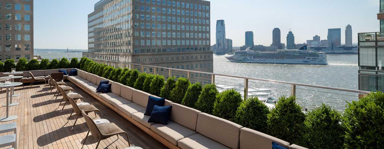 Hotel Conrad New York, Stati Uniti d'America - Loopy Doopy Rooftop Bar