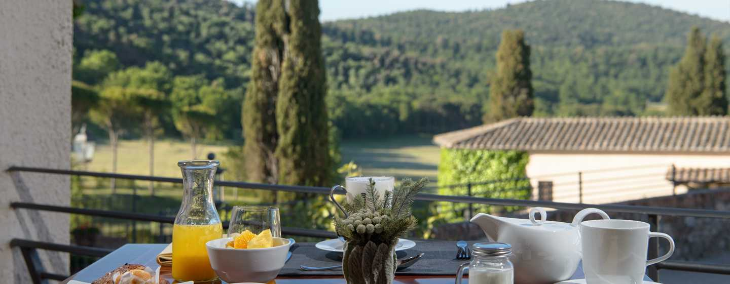 La Bagnaia Golf & Spa Resort Siena, Curio Collection by Hilton - Prima colazione con vista