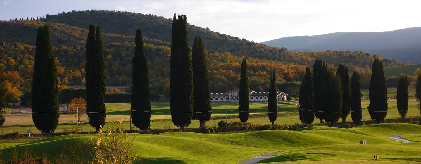 La Bagnaia Golf & Spa Resort Siena, Curio Collection by Hilton - Vista sul campo da golf