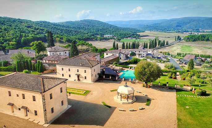 La Bagnaia Golf & Spa Resort Siena, Curio Collection by Hilton - Esterno