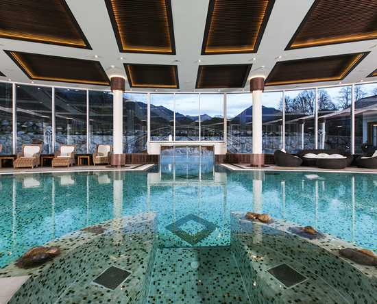 Grand Tirolia Hotel Kitzbuhel, Curio Collection by Hilton, Austria - Piscina