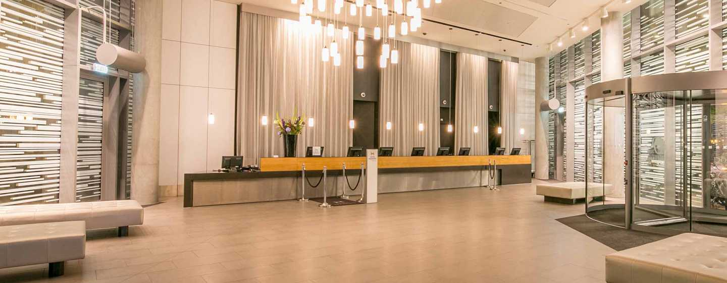 Hotel DoubleTree by Hilton Amsterdam Centraal Station, Paesi Bassi - La lobby