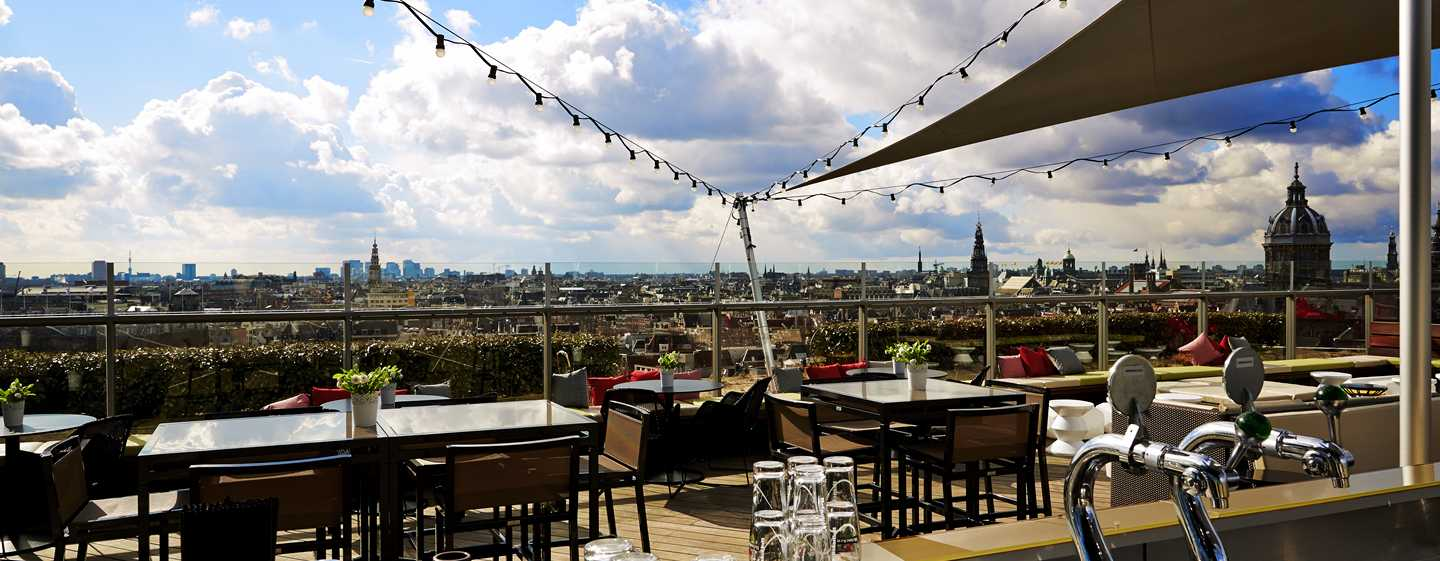 Hotel DoubleTree by Hilton Amsterdam Centraal Station, Paesi Bassi - Terrazza della SkyLounge