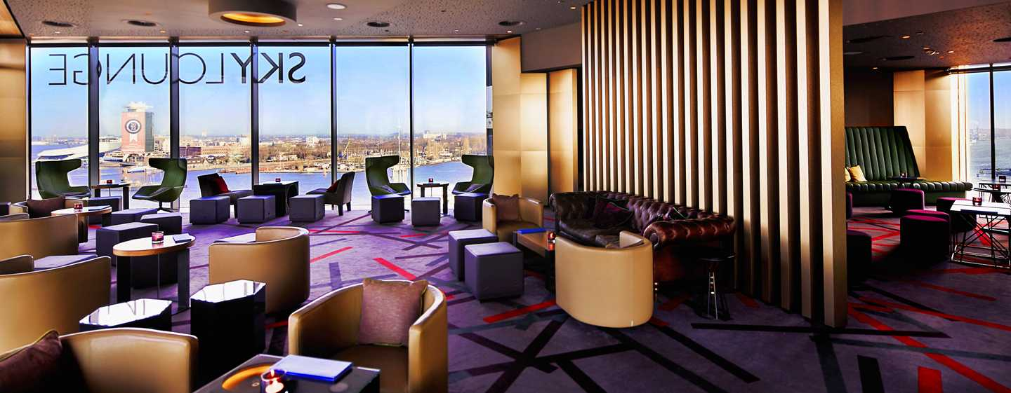 Hotel DoubleTree by Hilton Amsterdam Centraal Station, Paesi Bassi - SkyLounge di giorno