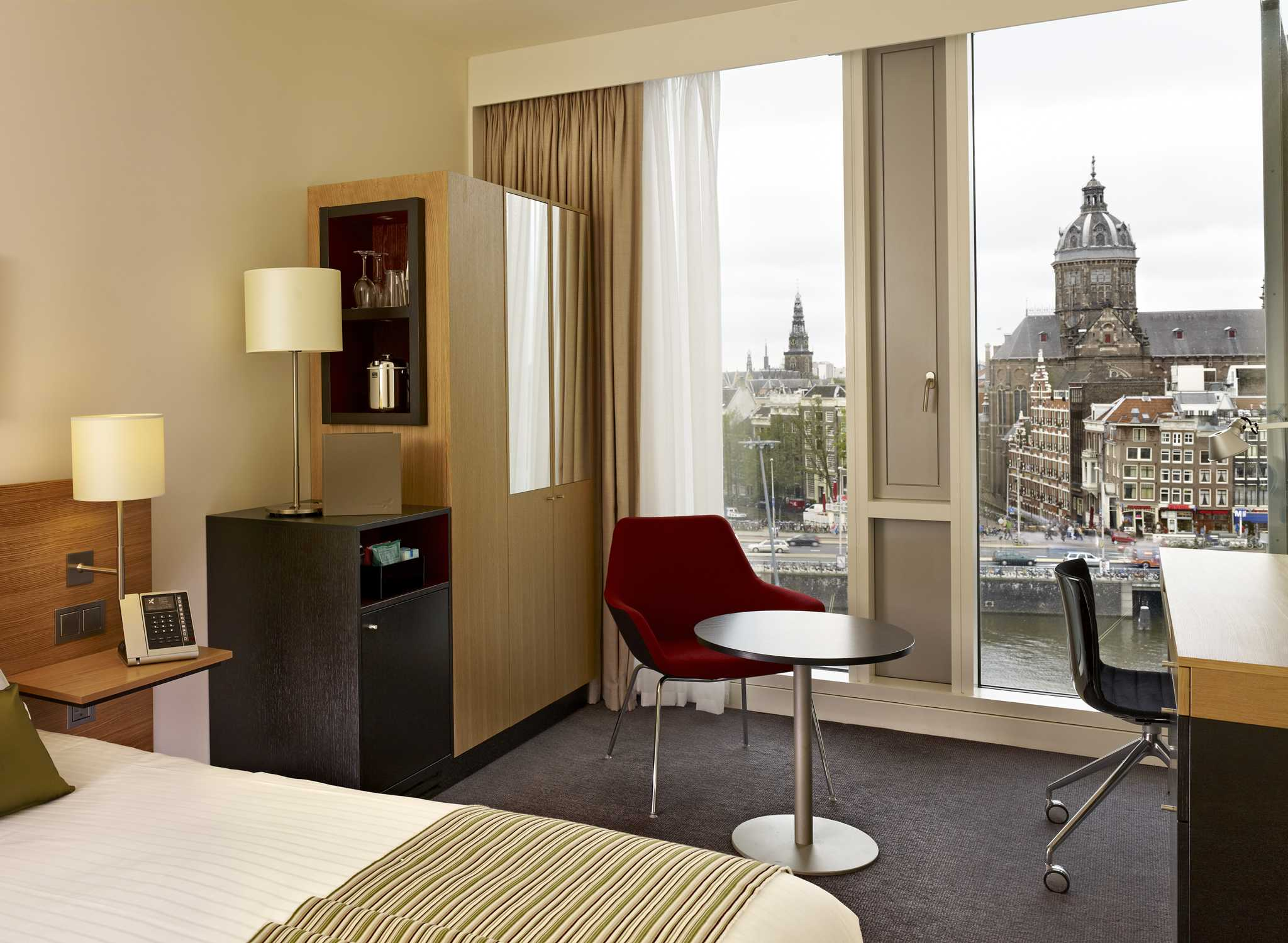 Terra Casa Amsterdam : Doubletree amsterdam centraal hotel ad amsterdam