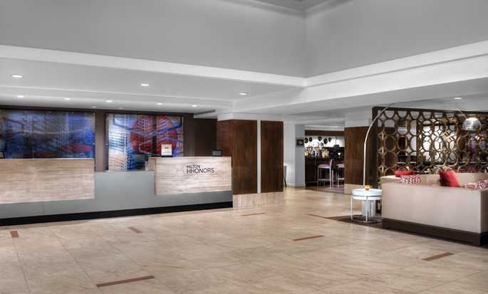 DoubleTree by Hilton Hotel Metropolitan - New York City, New York - Lobby