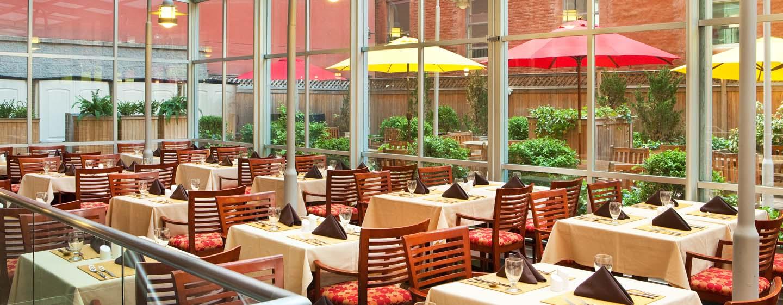 DoubleTree by Hilton Hotel New York - Ristorante