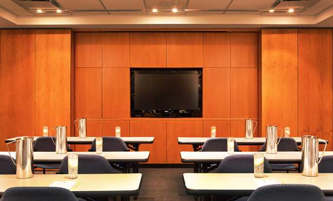 DoubleTree by Hilton Hotel New York, Stati Uniti - Sala conferenze