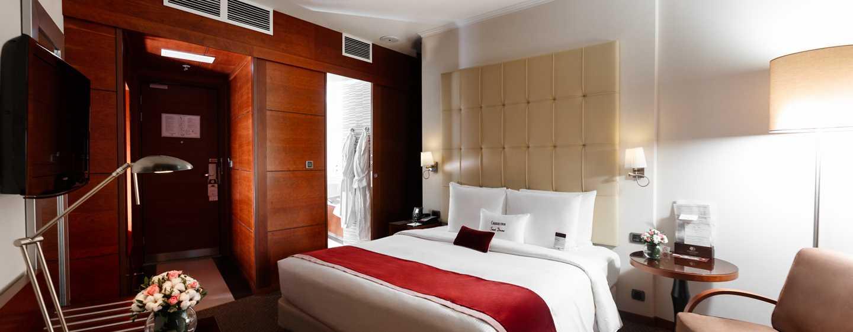 DoubleTree by Hilton Hotel Novosibirsk, Russia - Letto di una camera Standard