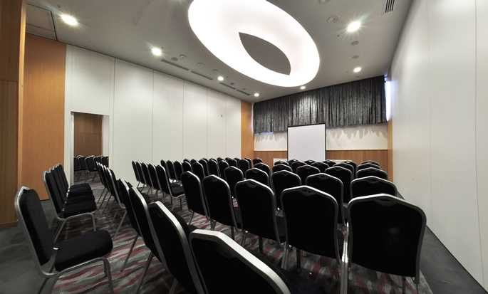 DoubleTree by Hilton Hotel Novosibirsk, Russia - Sala conferenze