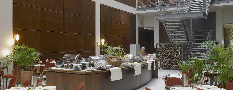 Hotel DoubleTree by Hilton Turin Lingotto, Italia - Area per la prima colazione