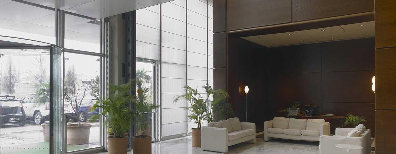 Hotel DoubleTree by Hilton Turin Lingotto, Italia - Lobby