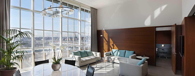 Hotel DoubleTree by Hilton Turin Lingotto, Italia - Soggiorno Suite Scrigno