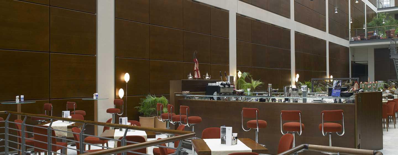 Hotel DoubleTree by Hilton Turin Lingotto, Italia - Bar Tech