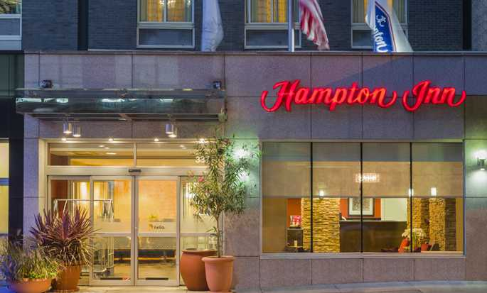 Hotel Hampton Inn Manhattan/Times Square South, New York, Stati Uniti d'America - Esterno