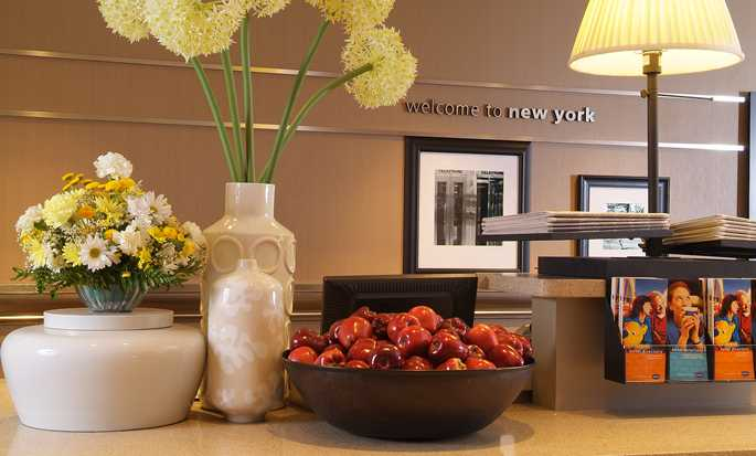 Hampton Inn Manhattan-Times Square North, Stati Uniti d'America - Reception nella lobby