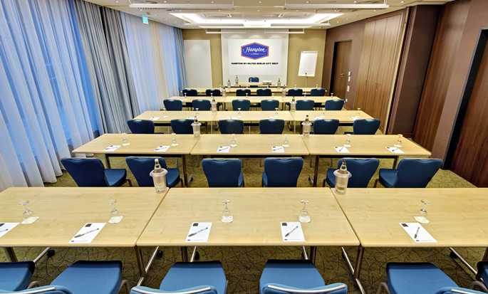 Hotel Hampton by Hilton Berlin City West, Berlino, Germania - Sala meeting