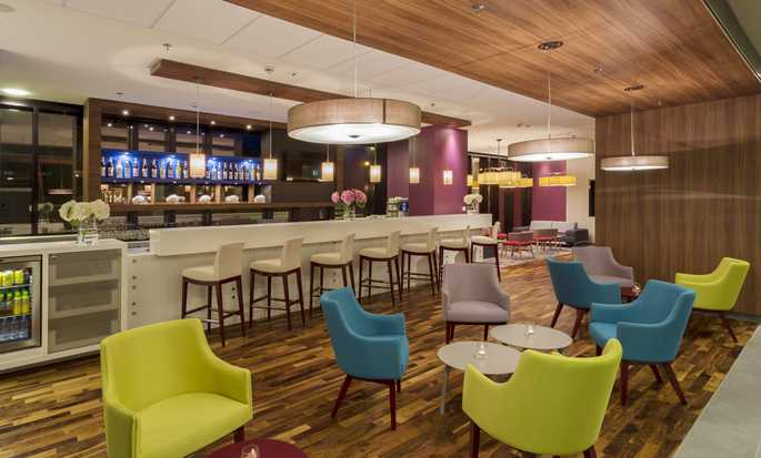 Hampton by Hilton Warsaw City Centre hotel, Polonia - Bar dell'hotel