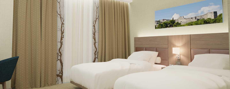 Hilton Garden Inn Tirana, Albania - Camera con letti separati