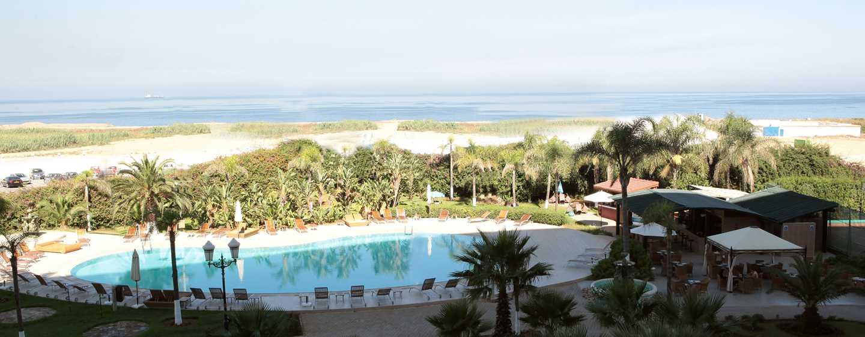 Hotel Hilton Algiers, Algeria - Piscina esterna e vista sul mare