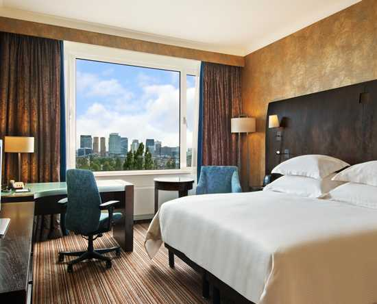 Hilton Amsterdam, Paesi Bassi - Camera Executive Plus con letto king size
