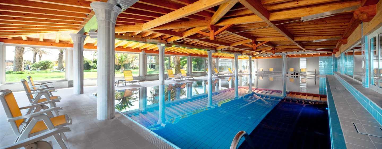Hotel Hilton Giardini Naxos, Sicilia, Italia - Piscina interna riscaldata