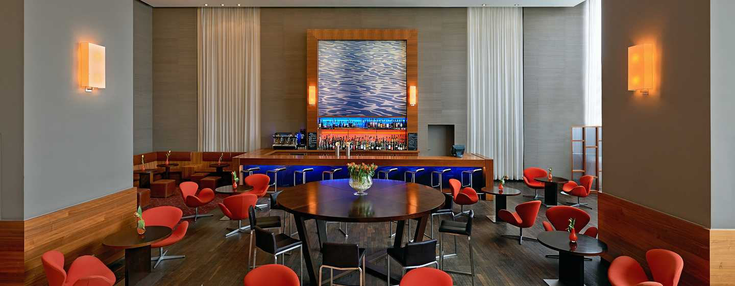 Hotel Hilton Dusseldorf, Germania - Axis Bar & Lounge
