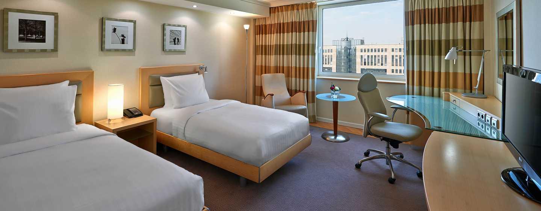 Hotel Hilton Dusseldorf, Germania - Camera con letti separati