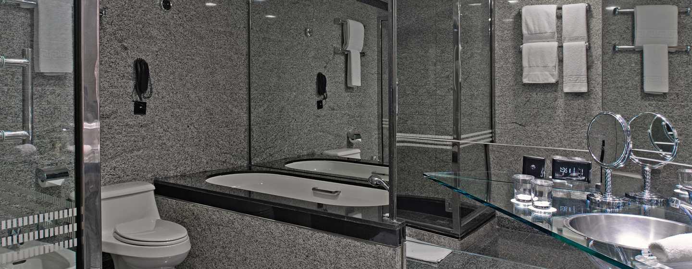 Hotel Hilton Dubai Creek, Emirati Arabi Uniti – Bagno della suite Deluxe