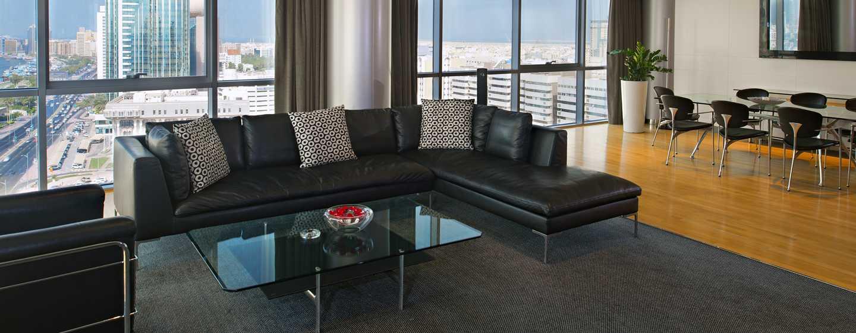 Hotel Hilton Dubai Creek, Emirati Arabi Uniti – Suite Executive con letto king size