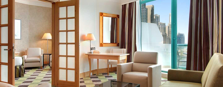 Hilton Dubai Jumeirah, Dubai, Emirati Arabi Uniti - Suite Executive con letto king size