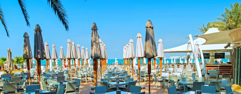 Hilton Dubai Jumeirah, Dubai, Emirati Arabi Uniti - Wavebreaker