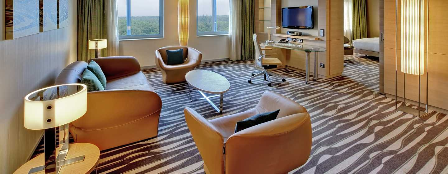 Hotel Hilton Frankfurt Airport, Germania - Suite Deluxe con letto king size