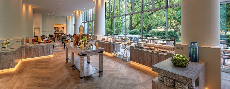 Hotel Hilton Frankfurt City Centre, Germania - Ristorante con terrazza PARK