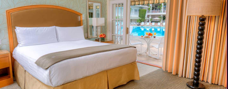 The Beverly Hilton, Stati Uniti d'America - Camere con spogliatoio in stile tropicale