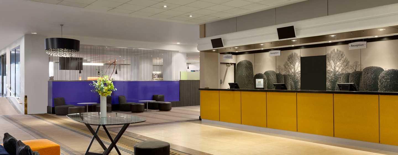 Hilton London Kensington, Regno Unito - Lobby