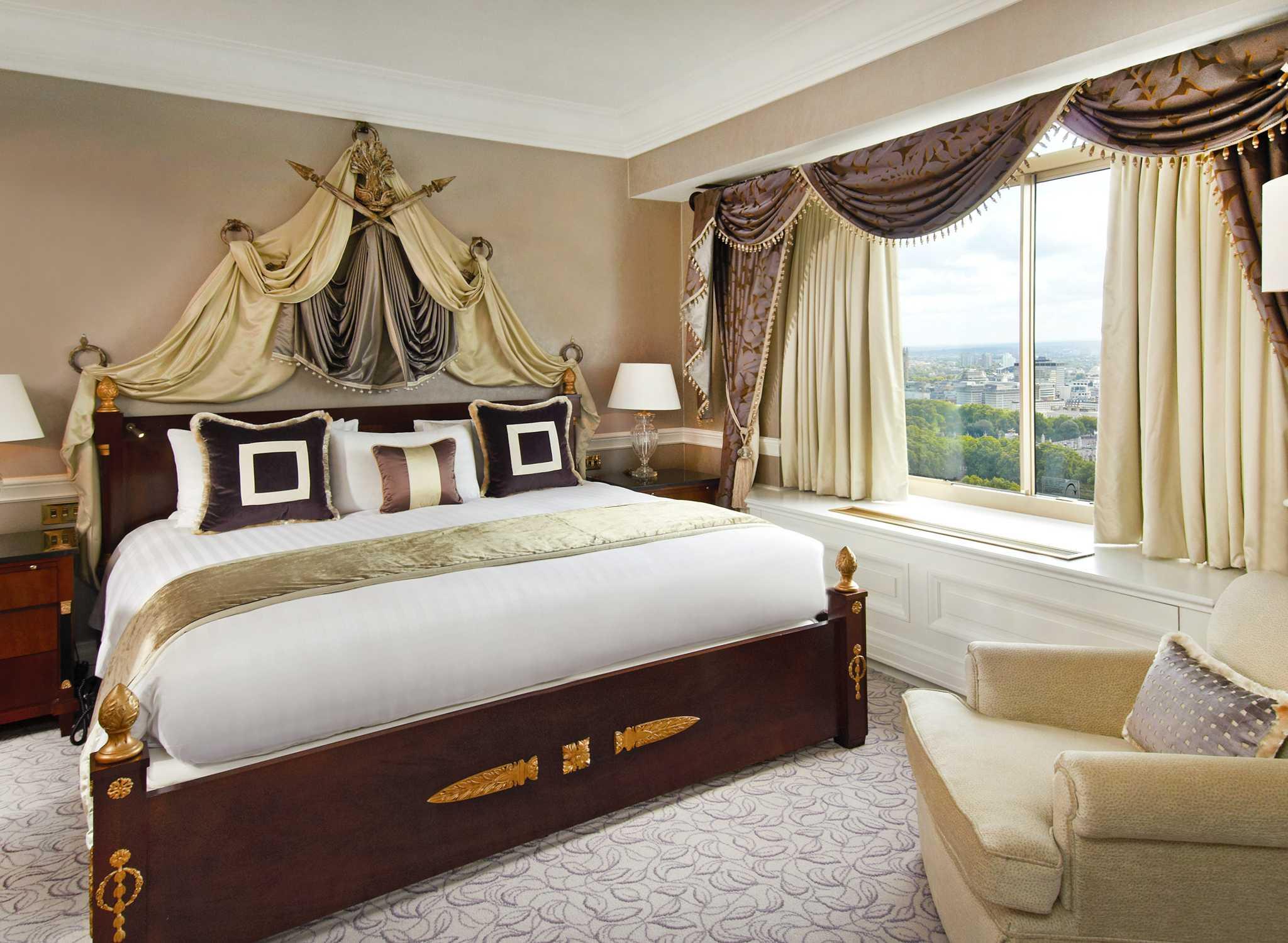Hotel a londra london hilton on park lane hotel nel for Planimetrie della master suite