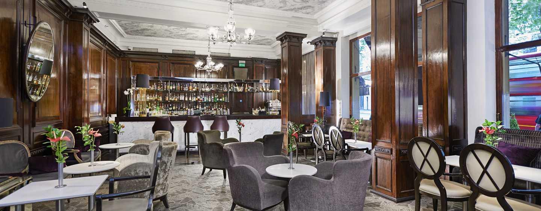 The Waldorf Hilton, Londra - Good Godfreys