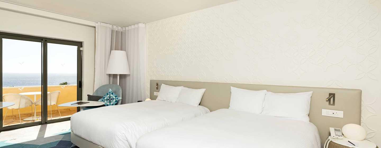 Hotel Hilton Malta, St. Julian's, Malta - Camera Deluxe con vista mare