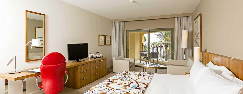 Hotel Hilton Malta, St. Julian's, Malta - Camera Deluxe con vista sul giardino