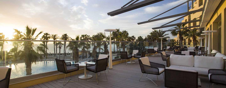 Hotel Hilton Malta, St. Julian's, Malta - Lobby lounge e terrazza.