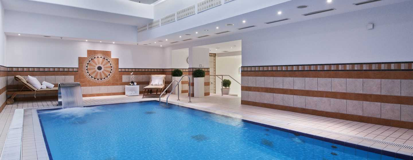 Hotel Hilton Munich Park, Germania - Piscina interna