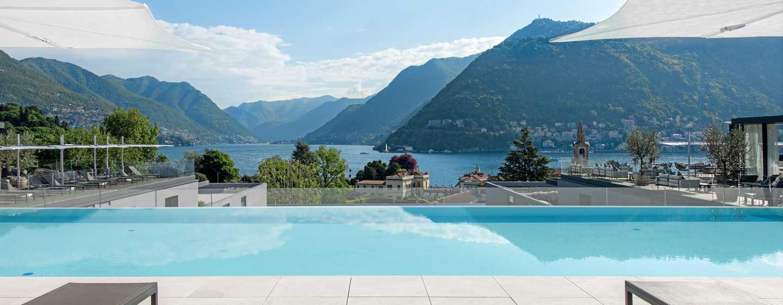 Hilton Lake Como, Italia - Piscina sul tetto