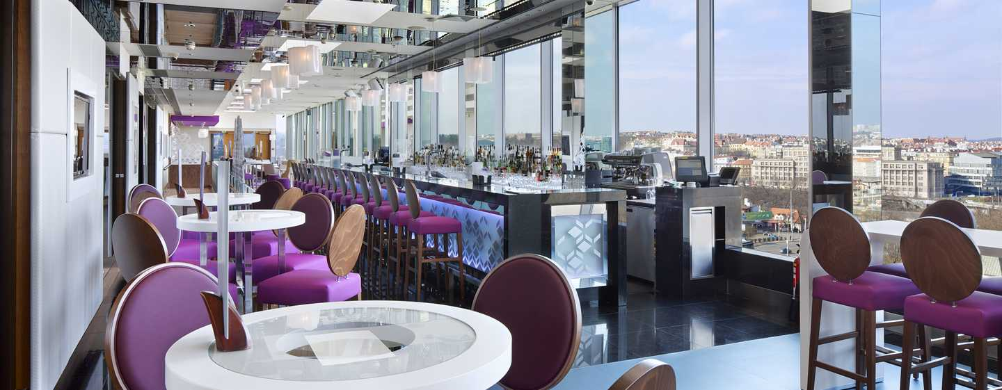 Hotel Hilton Prague, Repubblica Ceca - Cloud 9 Sky Bar & Lounge