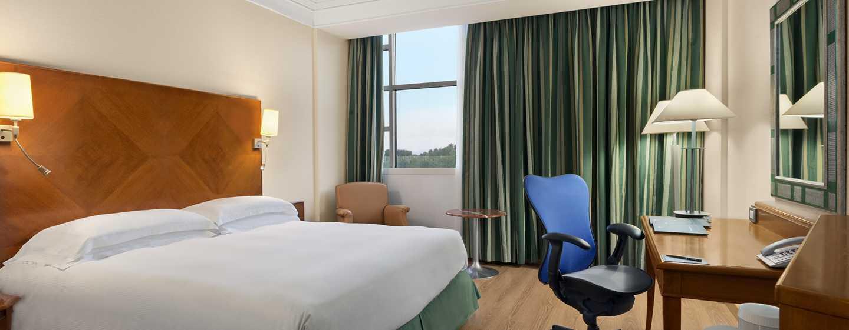 Hotel Hilton Rome Airport, Italia - Camera Standard con letto king size