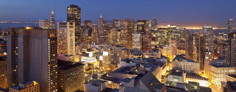 Hotel Hilton San Francisco Union Square, California, Stati Uniti d'America - La meraviglia dello skyline al crepuscolo