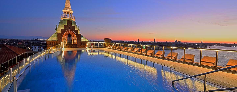 Hotel Hilton Molino Stucky Venice, Italia - Piscina sul tetto