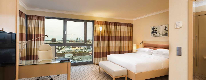 Hotel Hilton Vienna, Vienna, Austria - Suite Junior con vista sulla città