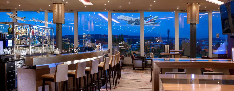 Hilton Zurich Airport, Svizzera - Bar nella lobby Horizon10